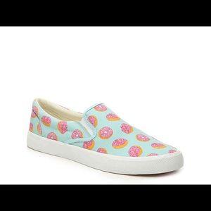 Bucketfeet donut shoes